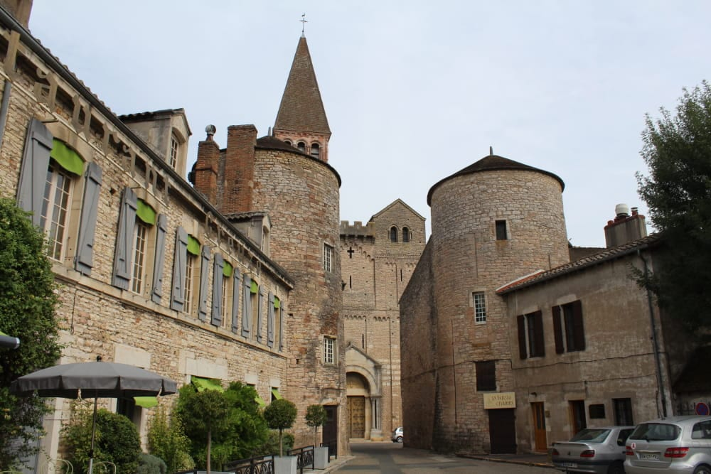 Abbaye Saint-Philibert de Tournus, Balade moto en Côte D'or