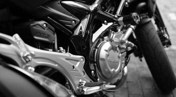 Une alarme moto sur smartphone pour Suzuki